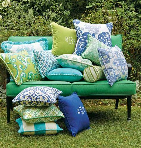 coussin pour canape exterieur coussin extérieur pour salon de jardin un confort optimal