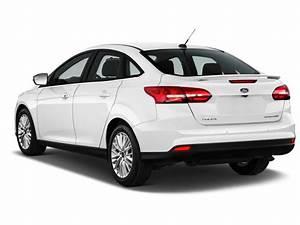 Ford Focus Titanium 2017 : image 2017 ford focus titanium sedan angular rear exterior view size 1024 x 768 type gif ~ Farleysfitness.com Idées de Décoration