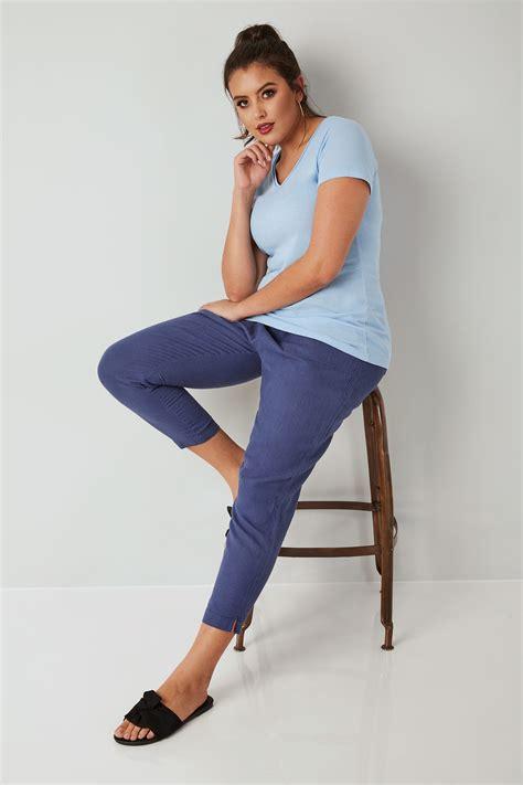 Blaue Pull Leinenhose Mit Schmal Zulaufendem Bein