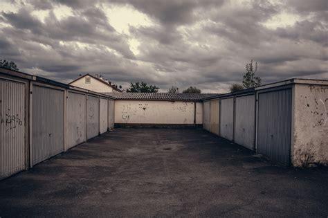 parken vor garage parken vor der garage mithaftung bei autodiebstahl