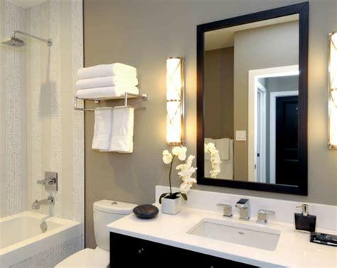 Badspiegel Mit Beleuchtung  Moderne Vorschläge Archzinenet