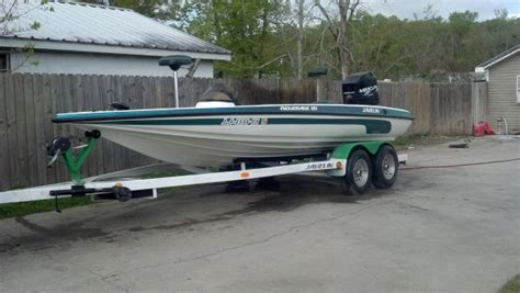 Javelin Boat Seats by 1999 Javelin Boats Bass Boat In Houma Louisiana