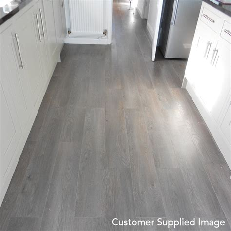 winchester grey oak 8mm laminate flooring v groove ac4 2 162m2 from discount flooring depot uk