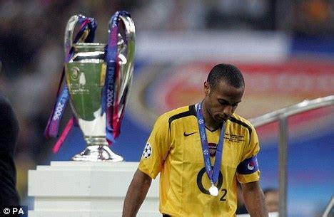 Barcelona v Arsenal: 2006 UEFA Champions League final highlights - clipzui.com