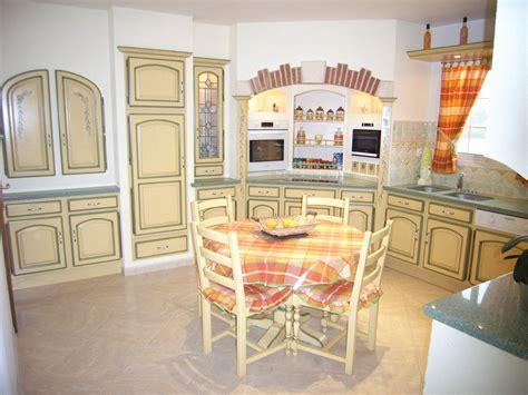 cuisiniste bergerac pose cuisine avec meubles sans poignées bergerac 24100