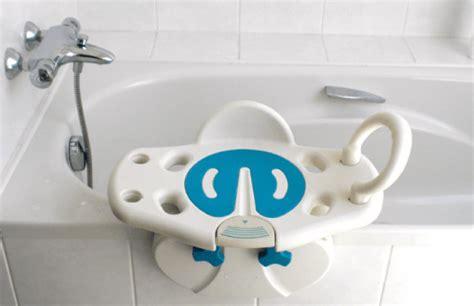 chaise de baignoire pour handicapé siège de bain pivotant aquasenior