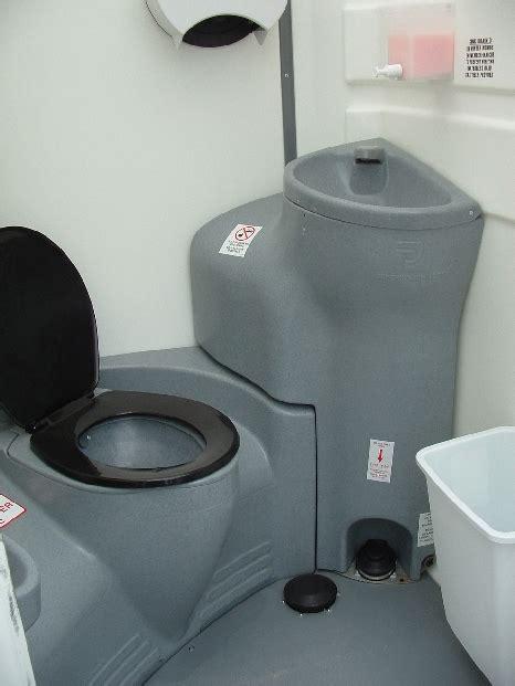 portable toilets  washrooms rentals johnsonsanitation
