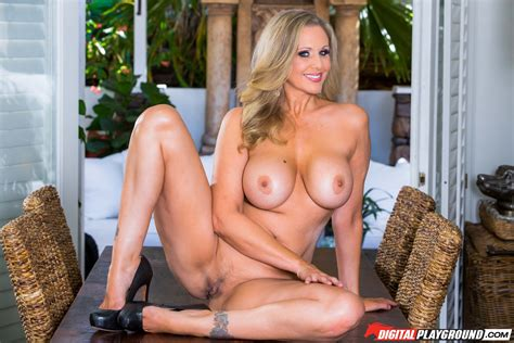 Blonde Babe Had Sex In The Kitchen Photos Julia Ann Lily