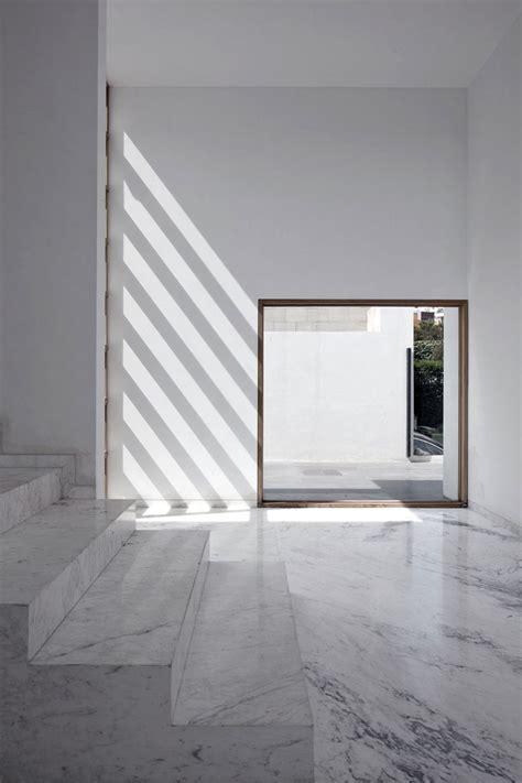 Minimalist Architecture by Lucio Muniain