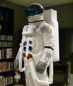 Make a Space Helmet   Astronauts, Helmets and Costumes
