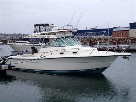 Pursuit Boats 2870 Wa by Pursuit 2870 Walkaround 39000 Winthrop Ma The Hull