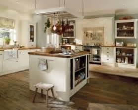 Low cost fitted kitchens fitters installers reviewed for Discount bathrooms fulham
