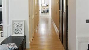 deco couloir peinture couleur rangements cote maison With attractive couleur peinture couloir sombre 9 conseils deco decoration couloir etroit