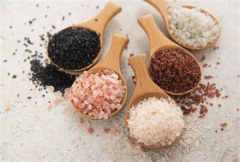 mineral salt vs table salt how to cook with coarse sea salt