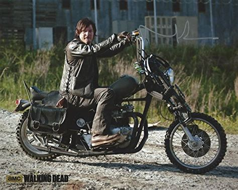 Daryl Dixon With Chopper Deluxe Boxed Set