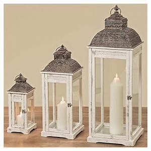 laternen fur den garten stimmungsvolle leuchten aus holz With französischer balkon mit große laternen für den garten