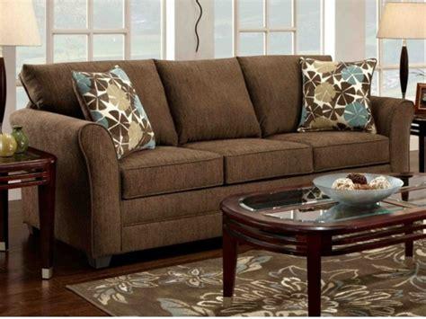 braunes sofa ein   zu hause
