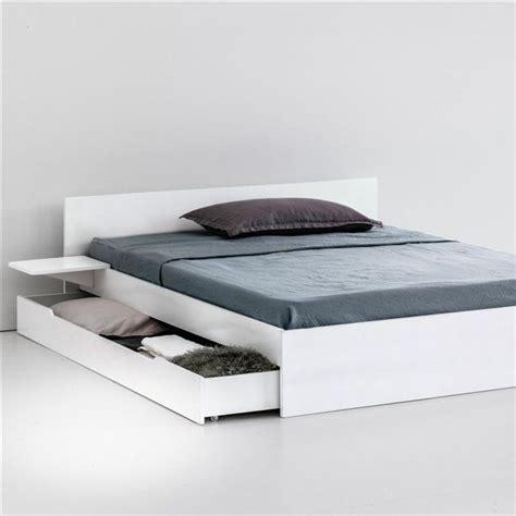 elements cuisine ikea 17 meilleures idées à propos de lits plateforme sur lits de sol cadres de lit et lits