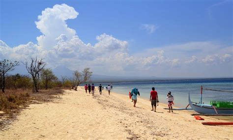 pantai bangsring spot terbaik menyelam  banyuwangi