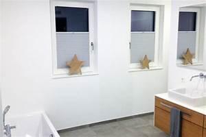 Rollos Für Badezimmer : blickdichtes plissee im badezimmer ~ Markanthonyermac.com Haus und Dekorationen