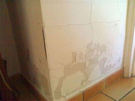 probleme d humidite mur interieur humidit 233 lutter contre les remont 233 es capillaires apprendre a bricoler fiches d aide au