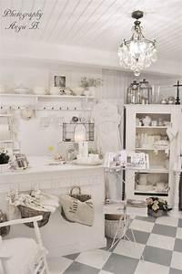Shabby Chic Shops : 1000 images about flea markets on pinterest antique ~ Sanjose-hotels-ca.com Haus und Dekorationen