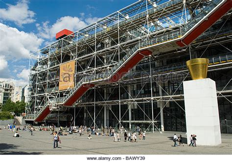 centre pompidou musee national d moderne centre georges pompidou facade stock photos centre georges pompidou facade stock images alamy