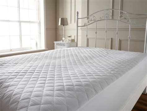 Quilted Mattress Protector Canvas Spray Paint Windows For Glass Bottles High Car Guns Graffiti Tips In Spanish Strongest