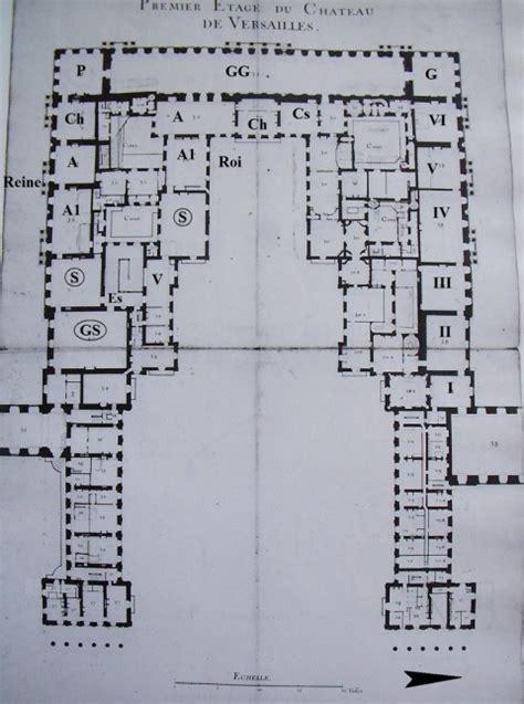 chambre de la reine versailles la salle des gardes dans les résidences royales françaises