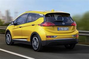 Opel Ampera Electrique : opel ampera e electric car to launch in europe in 2017 autocar ~ Medecine-chirurgie-esthetiques.com Avis de Voitures