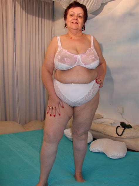Granny With Huge Breasts Mature Porn Pics
