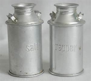 Milk And Pepper : salt pepper shakers tin milk cans 4 h vintage style vintage style 4 h and vintage ~ Orissabook.com Haus und Dekorationen