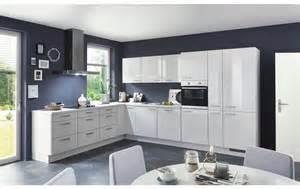 Küche Günstig Kaufen Mit Elektrogeräten : klassische winkelk che in seidengrau hochglanz mit ~ Watch28wear.com Haus und Dekorationen