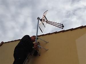 Orientation Antenne Tv : pose de l 39 antenne t l ma maison phenix ~ Melissatoandfro.com Idées de Décoration