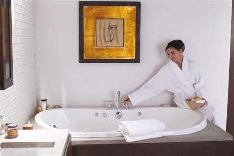 Whirlpool Bathtubs On Sale by Maax Living 6636