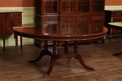 "72"" High End Round Mahogany Dining Table With Duncan Phyfe"