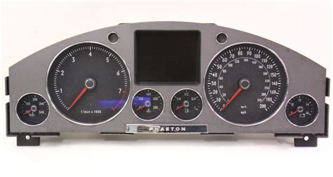 accident recorder 2004 volkswagen phaeton instrument cluster gauge cluster speedometer 2004 04 vw phaeton 4 2 v8 genuine 3d0 920 981 a