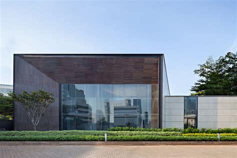 Arzuria Gallery / SCDA Architects