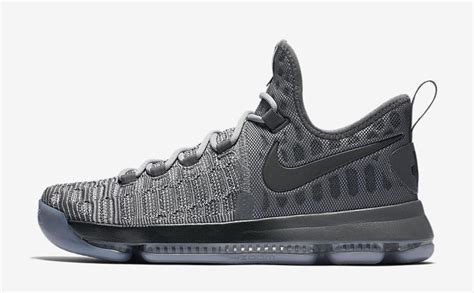 Nike Basketball Battle Grey Collection