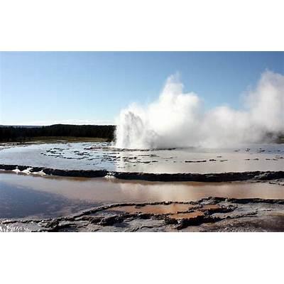 Great Fountain Geyser Photograph by Krista Siddall
