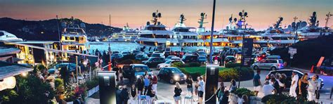 Noleggio Auto Porto Cervo Auto A Noleggio Di Lusso E Cabrio A Porto Cervo