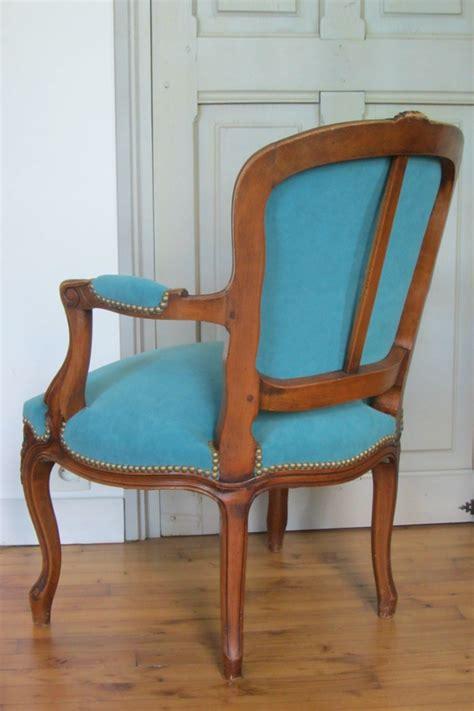 changer le tissu d un fauteuil louis xv quot c 244 t 233 si 232 ges tapissier 224 brest restauration ameublement quot