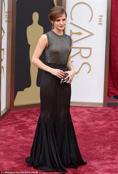 Emma Watson Brings Touch Magic Oscars Red Carpet
