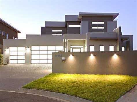 two modern house design 1 1 2 house modern