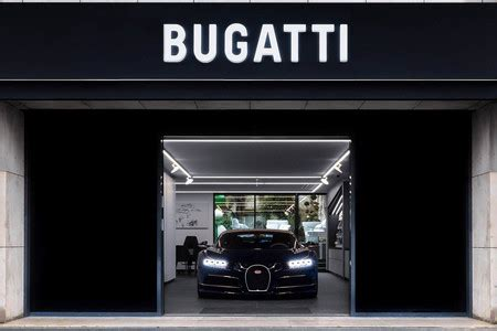 Bugatti sartoria briefcase by bugatti $344.99 $360.00 you save: No está abierto al público ni se puede probar un coche. Así es el nuevo concesionario Bugatti en ...