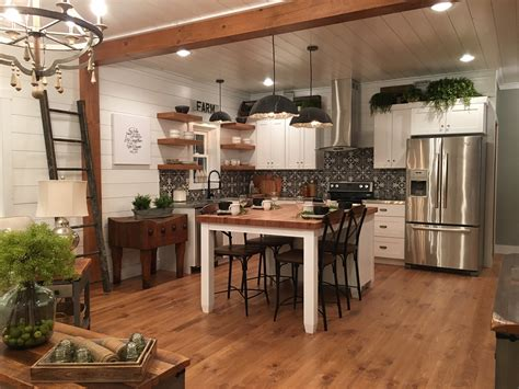 Ideas For Kitchen Lighting Fixtures - the weaver barns urban farmhouse with video tour weaver barnsweaver barns