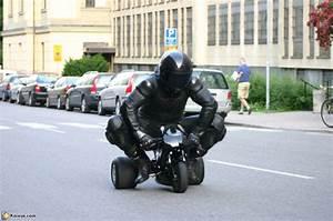 Moto Et Motard : motard sur mini moto ~ Medecine-chirurgie-esthetiques.com Avis de Voitures