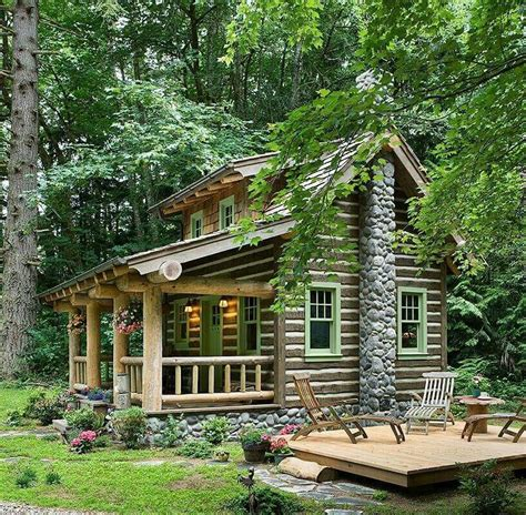 Pin By Shelby Cardo On Homes Small Log Cabin Log Cabin