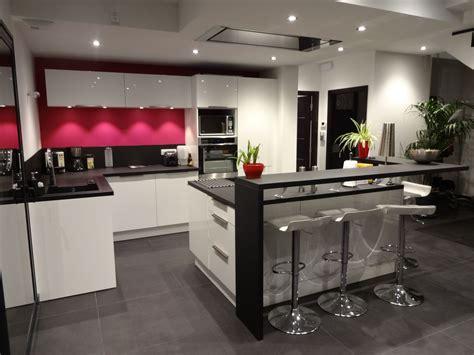 comment cuisiner un bar photo n 1170652 décoration cuisine nouveau