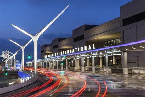 Los Angeles International Airport (LAX)   AECOM